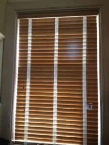 contrasting-tapes-wooden-window-blinds