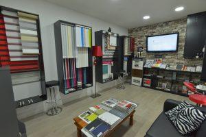 window blinds customer showroom