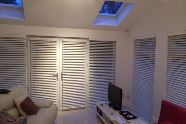 pure-white-wooden-window-blinds