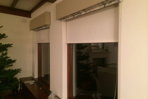 roman-window-blinds-install-rollers
